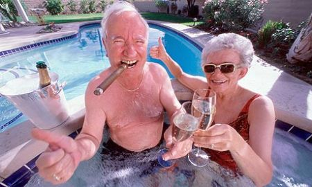 rich live longer than poor due to horrible healthcare system