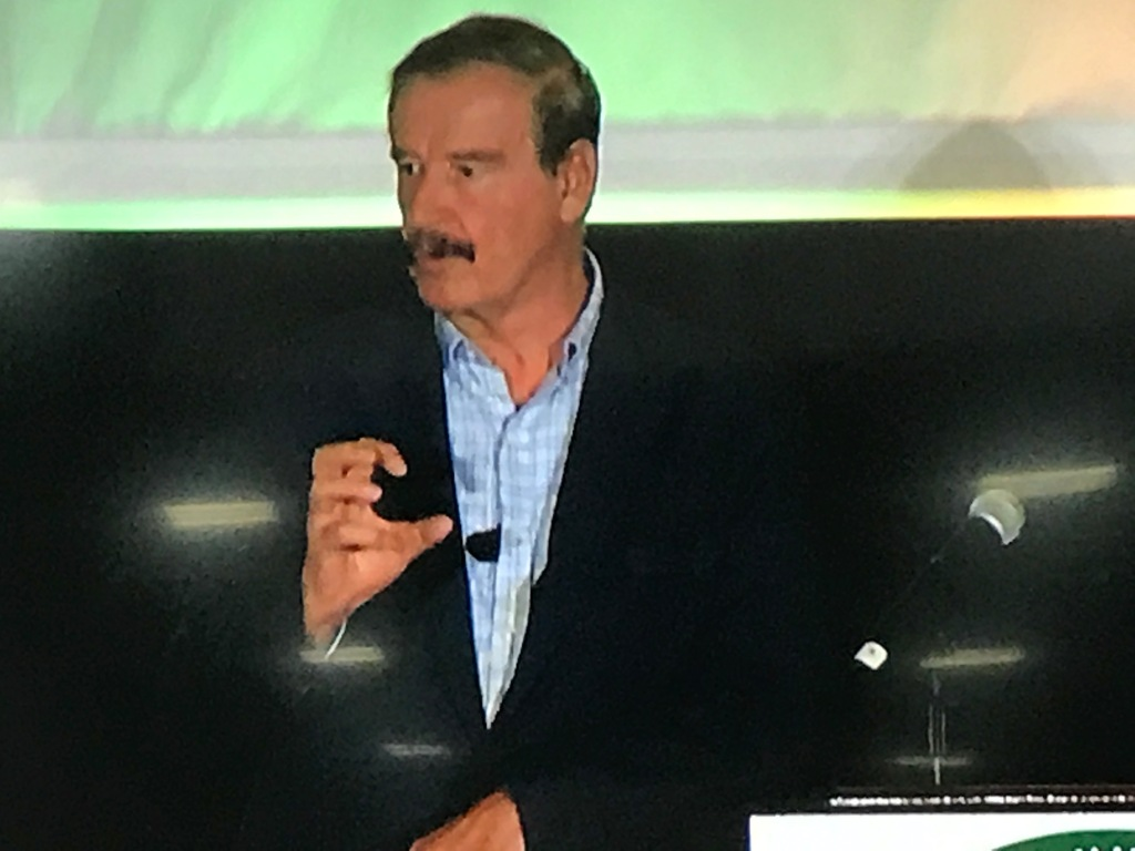 Vicente Fox Compares Trump to Hitler