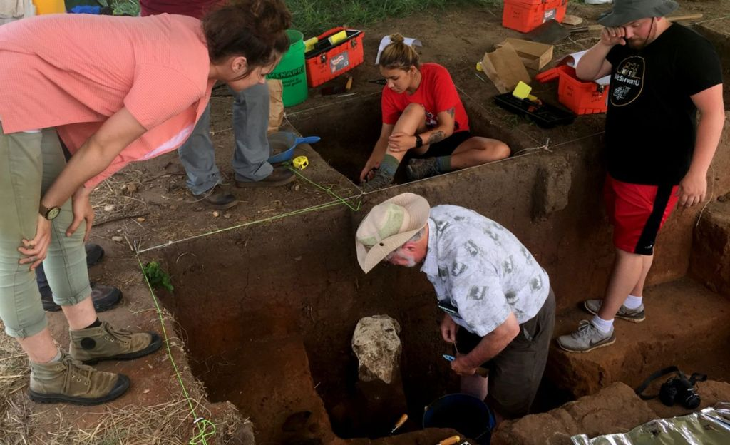 Archaeologists Find Ancient Lost City in Kansas