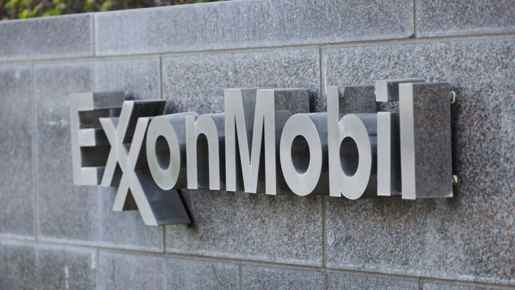 Oil Giant Mobil Used Donations to Fight Environmental Regulations. www.insightnews.toaday